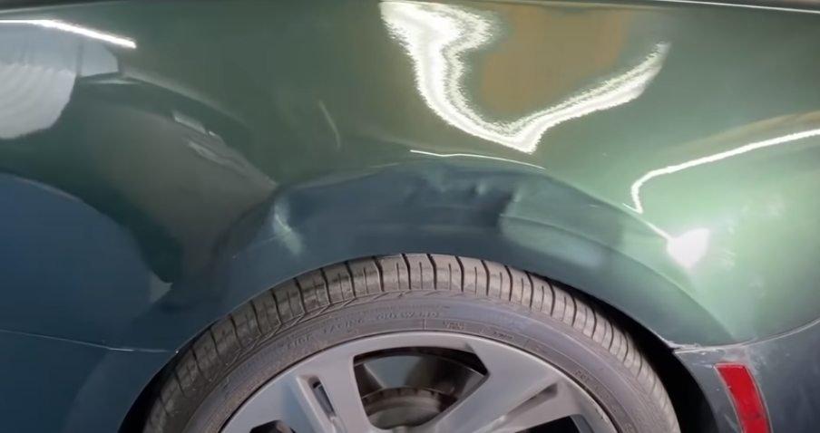 תיקון מעיכה בדלת ,תיקון עיקום בפח, תיקון לחיצה בפח הרכב תיקון מעיכות פח קטנות, Pdr ישראל ,תיקון פחחות בוואקום כמה עולה pdr, תיקון נזקי ברד